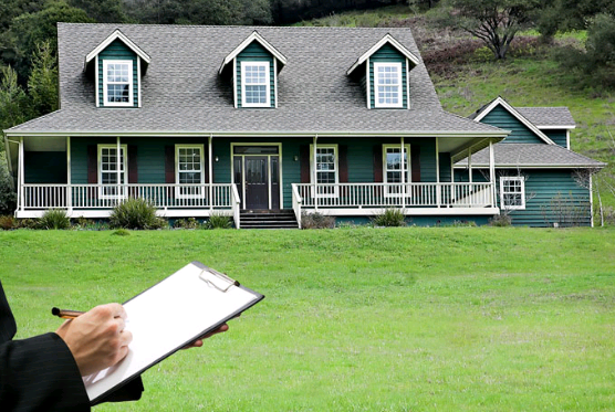 What Real Estate Appraisers Look at During an Appraisal